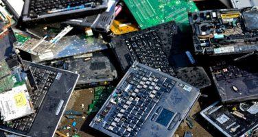 تحقیق درمورد دفع زباله های الکترونیکی