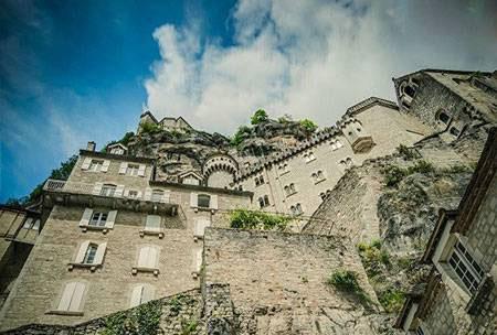روستای بسیار زیبا و دیدنی در فرانسه (عکس)