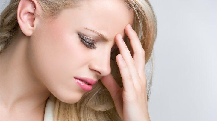 انواع سردرد و راه های درمان سردرد شدید