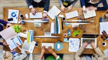 چگونگی تشکیل تیم فروش برای استارتاپ
