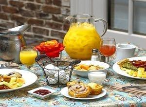 رابطه خوردن صبحانه و لاغری