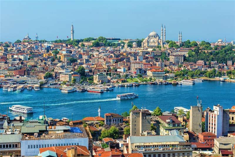 کشتی های مسافربری پرکار در استانبول