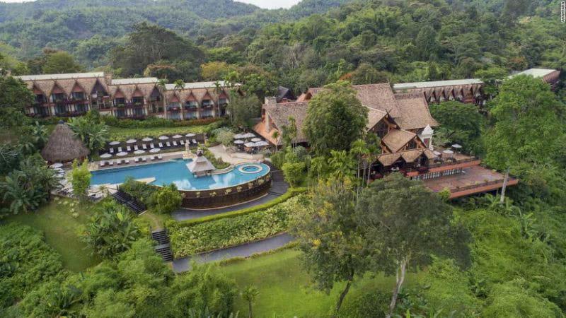 حباب های جنگلی تایلند؛ اقامتگاهی لوکس برای زندگی در کنار فیلها