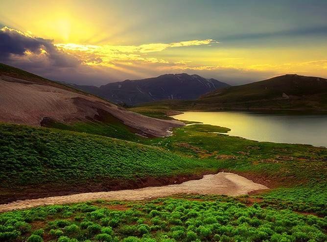 دریاچه دالامپر کجاست؟